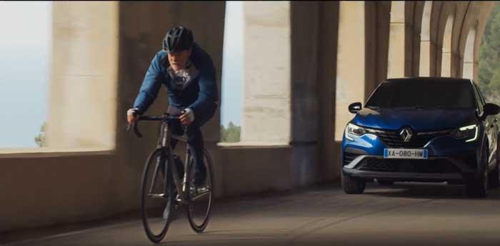 pubblicità Renault Captur 2021