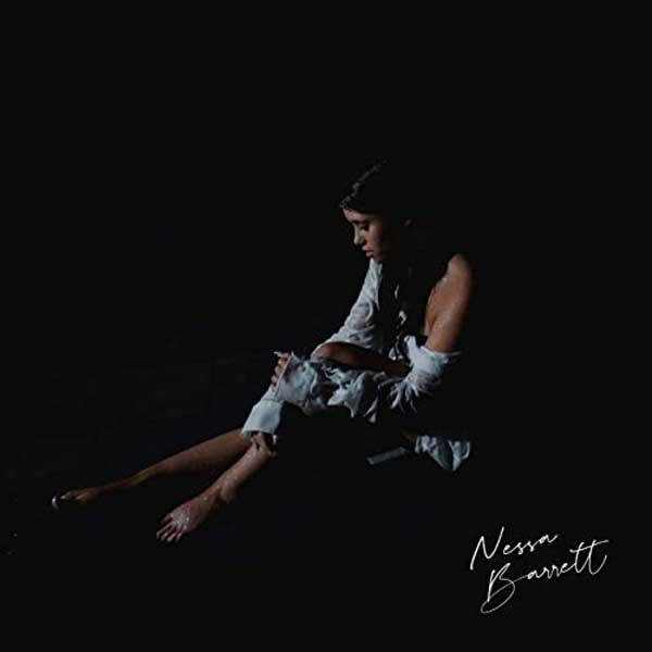 Pain copertina brano Nessa Barrett