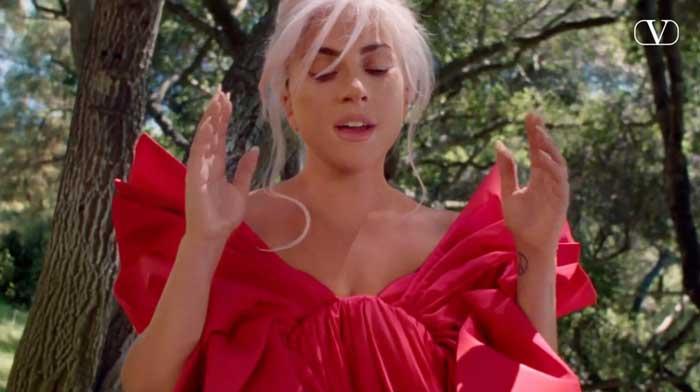 pubblicità Voce Viva valentino lady gaga 2020